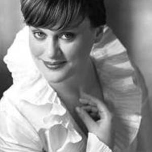 Веселина Казарова